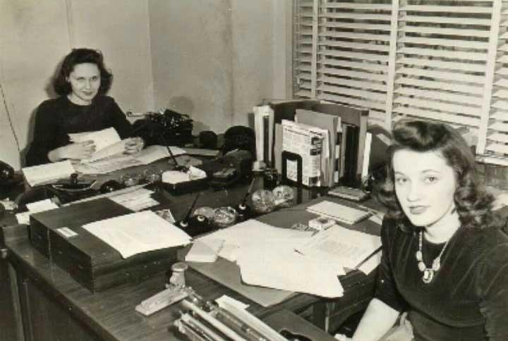 Hedy Johnson at work in Washington, D.C., 1942