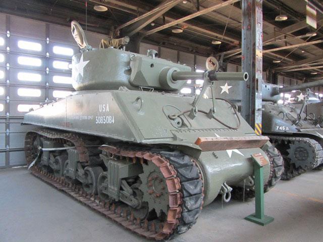 1944 Sherman Jumbo Tank - U.S.