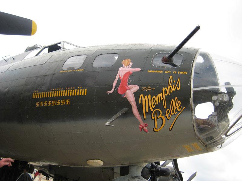 B-17F-Memphis Belle nose